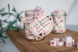 Hochzeit-Mitbringsel Zuckerherzen
